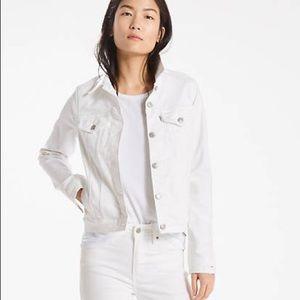 White Classic Levi's Denim Trucker Jacket